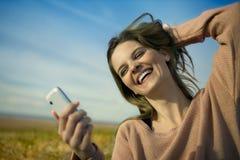 Kobieta z telefonem Zdjęcie Stock