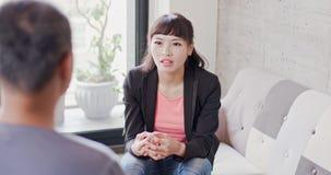 Kobieta z wywiadu pojęciem fotografia stock