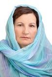 Kobieta z zakrywającą głową Obrazy Royalty Free