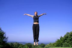 Kobiety ćwiczy samoobrona zdjęcia royalty free