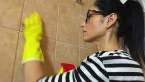 Kobiety łazienki czyste płytki zdjęcie wideo