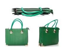 Kobiety akcesorium - elegancka torba odizolowywająca na bielu, Zielona skóra wo fotografia stock