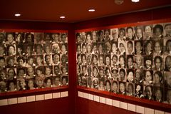 Kobiety aktywny muzeum na wojnie i pokoju zdjęcia royalty free