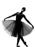 Kobiety baletniczego tancerza pozyci poza obraz stock