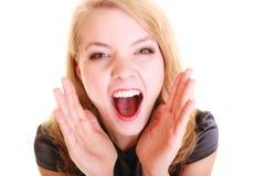Kobiety blondynki buisnesswoman krzyczeć odizolowywam Fotografia Royalty Free
