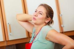 Kobiety cierpienie od backache bólu pleców obrazy royalty free