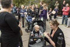 Kobiety czerni protest w Warszawa Zdjęcia Royalty Free