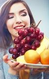 Kobiety diety pojęcia owocowy portret z zwrotnik owoc Obrazy Royalty Free