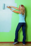 Kobiety farba na ścianie zdjęcie stock