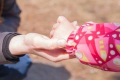 Kobiety i children ręka Zdjęcie Royalty Free