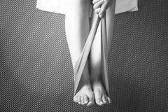 Kobiety i Pilates rozciągania joga gumowego zespołu patka obraz stock