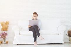 Kobiety i pracują stres zdjęcia royalty free