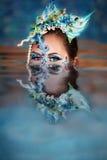 kobiety kierownicza odbicia s woda Fotografia Royalty Free