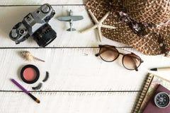 Kobiety kopia i interliniują, Podróżują, pojęcie fotografia royalty free