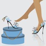Kobiety kupienia buty Zdjęcia Royalty Free