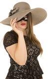 Kobiety maski jeden oko pod kapeluszem Fotografia Royalty Free
