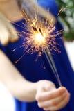 Kobiety mienia sparklers obrazy royalty free