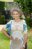 Kobiety moda przy Królewskimi Ascot rasami  Zdjęcie Stock
