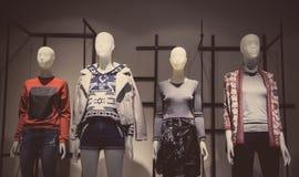 Kobiety mody sklep Zdjęcia Royalty Free