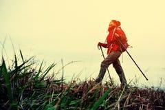 kobiety na pieszą wycieczkę Zdjęcie Stock