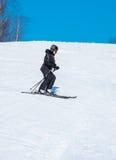 Kobiety narciarstwo Zdjęcia Royalty Free