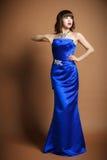 Kobiety noszą ślubna suknia Obrazy Royalty Free
