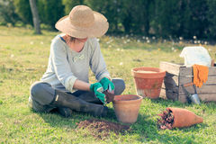 Kobiety ogrodnictwo Obrazy Stock