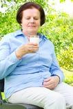 kobiety pić mleka Zdjęcia Royalty Free