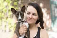 Kobiety portait z psem Zdjęcie Royalty Free