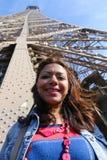 Kobiety przespacerowanie w Paryż obrazy stock