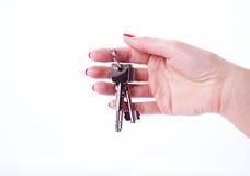 Kobiety ręki mienia klucze Obrazy Royalty Free