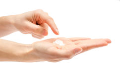 Kobiety ręki mienia skóry opieki creme Obraz Stock