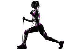 Kobiety sprawności fizycznej oporu zespołów ćwiczenia Zdjęcia Royalty Free