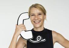 Kobiety szczęścia Papierowego rzemiosła Uśmiechnięte sztuki Telefoniczny Pracowniany Portra Zdjęcia Stock