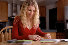 kobiety szczęśliwy writing Zdjęcie Royalty Free