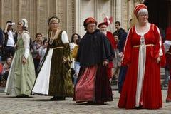 Kobiety tanczy na miejscu Jean podczas Renesansowego festiwalu Fotografia Stock