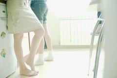 Kobiety w kuchni zdjęcia stock