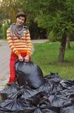 Kobiety zgromadzenia śmieci Zdjęcia Stock