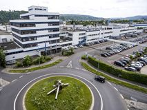 Koblenz Alemanha 09 07 A vista 2017 aérea da sede e da fábrica de Stabilus em Koblenz você pode igualmente ver construções da fáb Foto de Stock