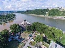 Koblenz miasto Niemcy 15 06 2018 wydarzenia Elektroniczny wino przy historycznym pomnikowym niemiec kątem na słonecznym dniu Zdjęcia Royalty Free