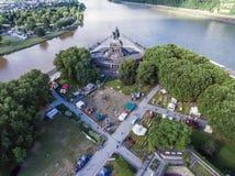 Koblenz miasto Niemcy 15 06 2018 wydarzenia Elektroniczny wino przy historycznym pomnikowym niemiec kątem na słonecznym dniu Zdjęcie Royalty Free
