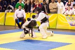 Kobudo-Wettbewerb zwischen Jungen Lizenzfreies Stockfoto