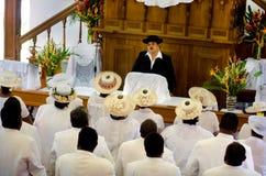 Koch-Islands-Leute beten bei CICC Kirche Stockfotografie
