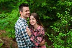 Kochająca para ma zabawę na wakacje Fotografia Royalty Free