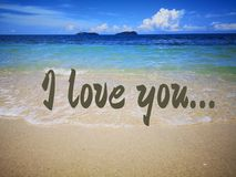 Kocham ciebie z widoku na ocean tłem obrazy stock