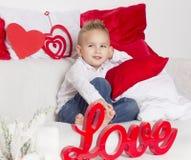 Kochanek chłopiec zszczwanym spojrzeniem Fotografia Stock