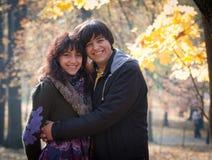 Kochankowie podczas jesień Fotografia Royalty Free