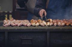 Kochen auf dem Grill Stockbild