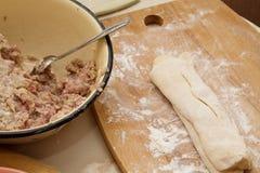 Kochen der Ravioli Stockbild