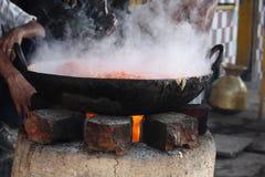 Kochen des Abendessens Stockfotos